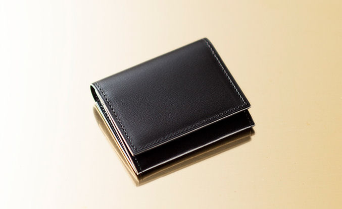 クリスペルカーフコインケース